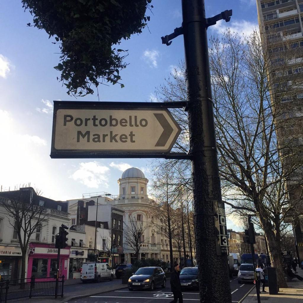 Faça chuva ou faça sol hoje tem Portobello Market!!  Rain or shine it's Portobello Market day! #floresemnottinghill #nottinghill #beautiful #thisislondon #ilovelondon #lovegreatbritain #BALondonCitySecrets #londres #london #missãovt #market #portobelloroad #portobellomarket #pogo150