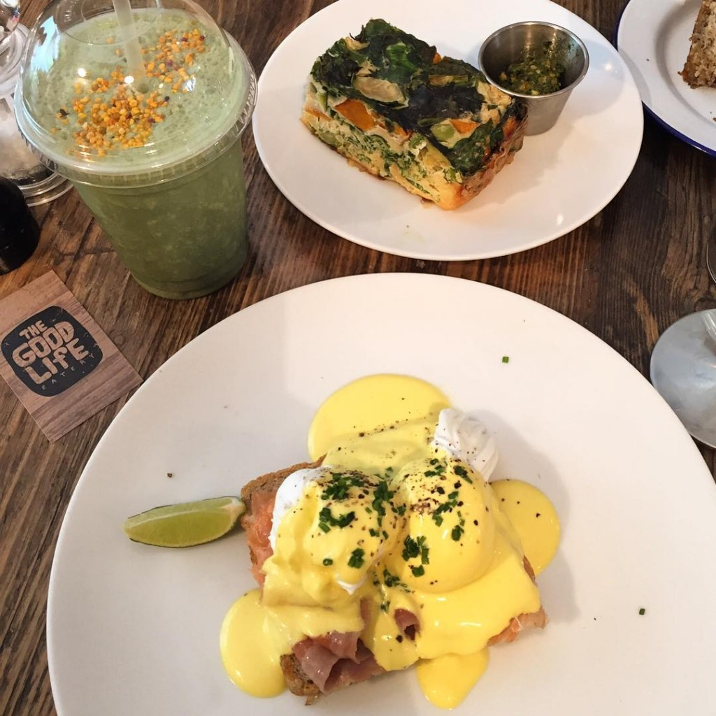 I love Sunday Brunch!! #floresemnottinghill #goodlifeeatery @goodlifeeatery #chelsea #brunch #sunday #healthyfood #goodlife #londres #london #bestoflondon