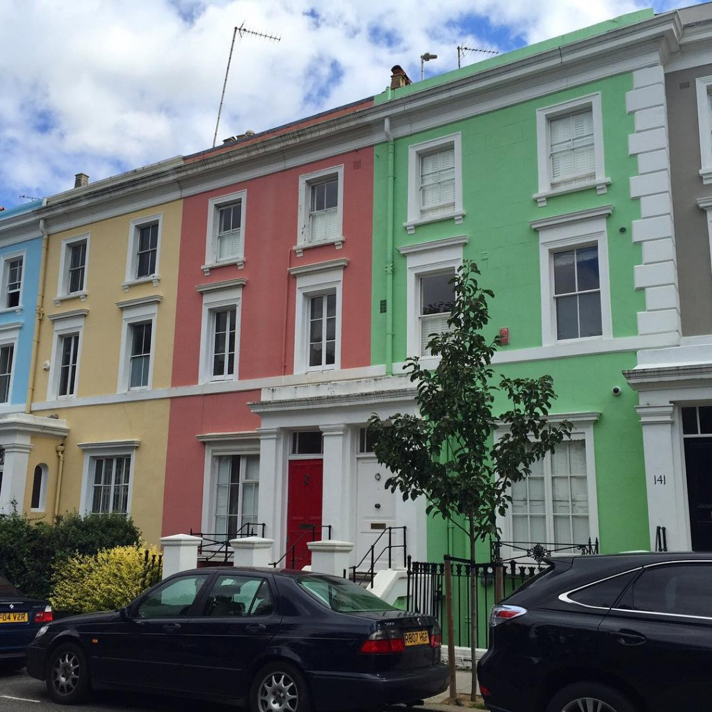 Notting Hill Beauty ❤️ #floresemnottinghill #nottinghill #beautiful #colours #bestoflondon #visitlondon #ilovelondon #thisislondon #lovegreatbritain #londres #london