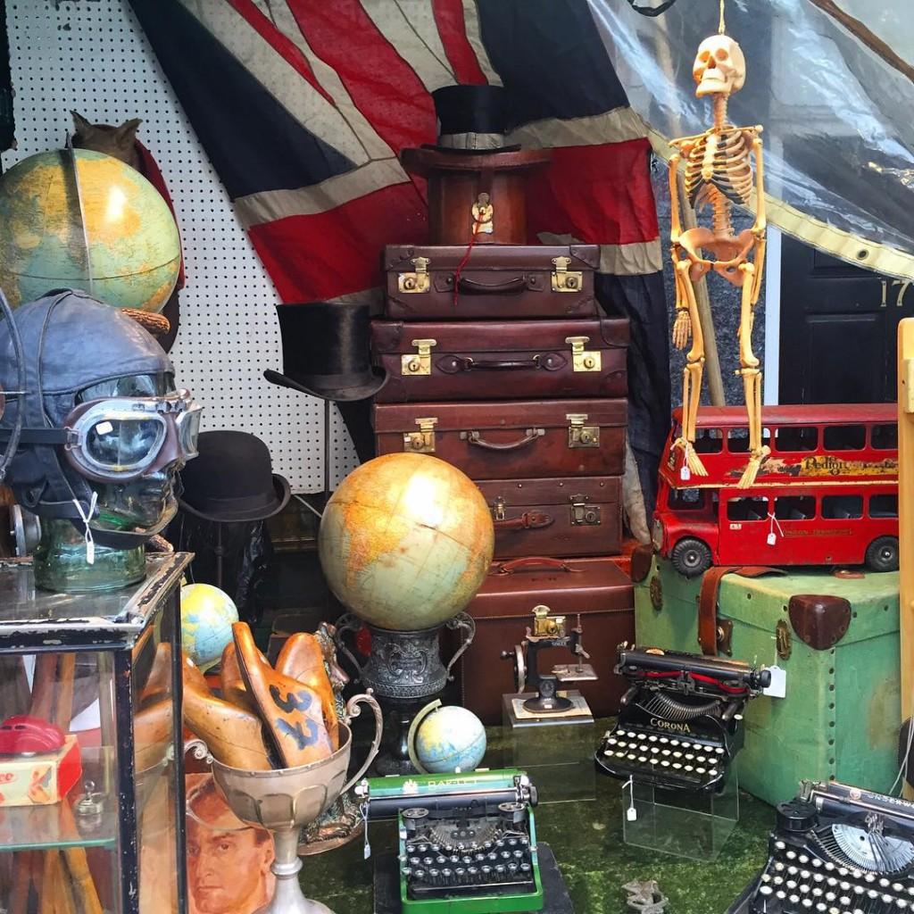 Precious market ✨ #floresemnottinghill #nottinghill #portobelloroad #portobellomarket #market #vintage #antique #ilovelondon #lovegreatbritain #thisislondon #londres #london