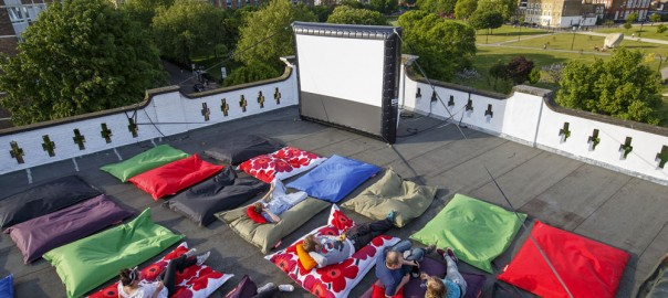 FloresemNottingHill_PillowCinema8